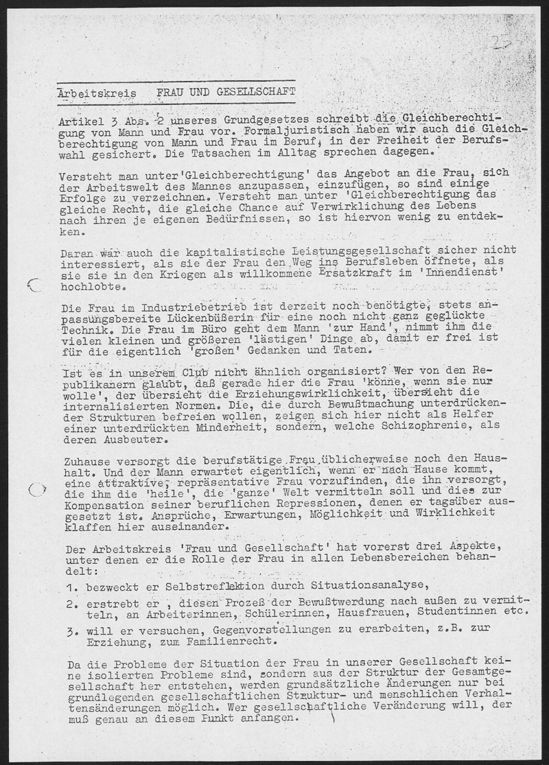 Die erste Frauengruppe Kölns enstand im Kontext des Republikanischen Clubs, hier eine erste Selbstdarstellung des Arbeitskreises Frau und Gesellschaft nebst Einladung zu einem Vortrag (Sommer 1968)